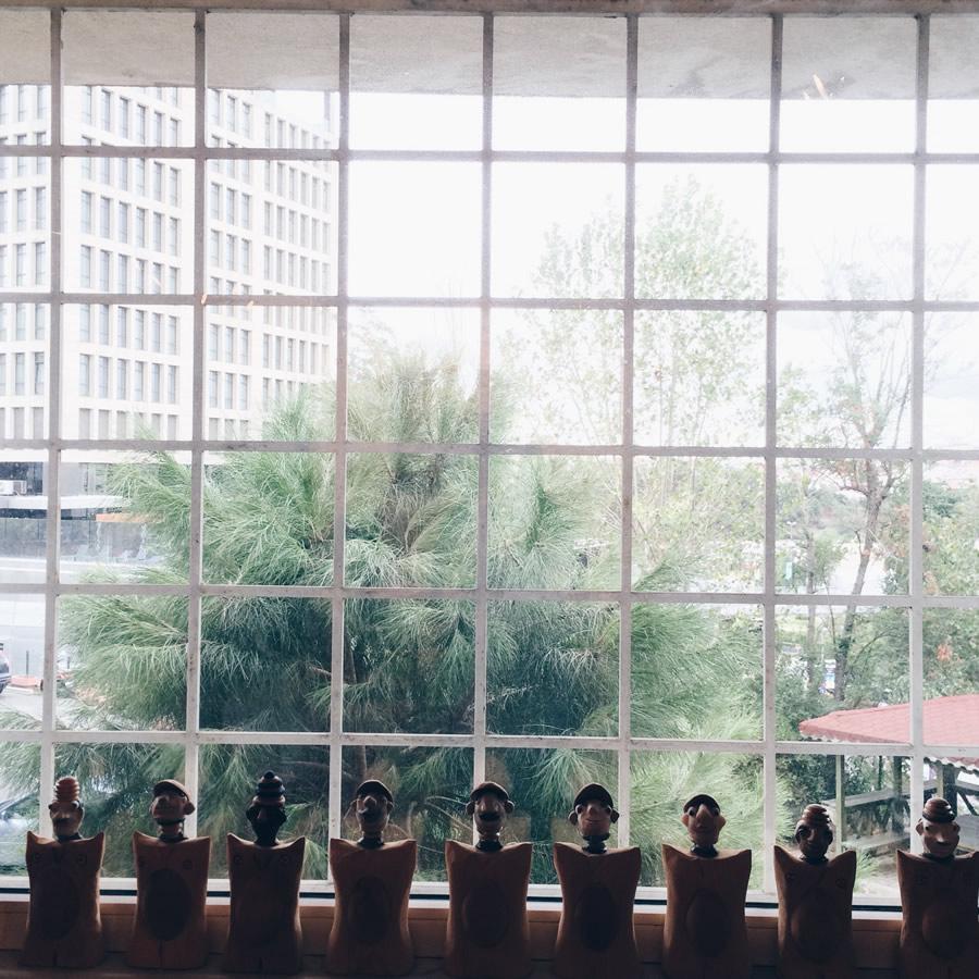 studio window, atölye penceresi